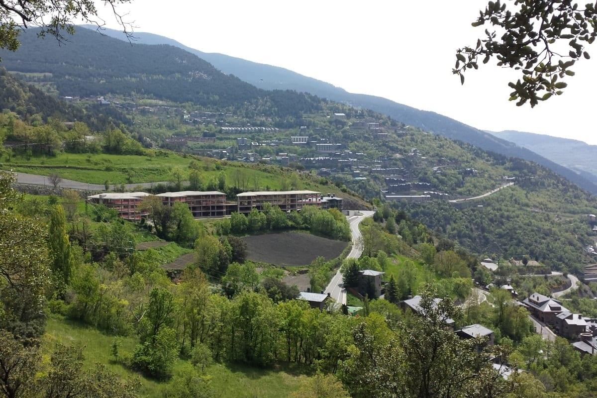 Terreny en Venda, Nagol, Sant Julià de Lòria, Andorra per a inversió.